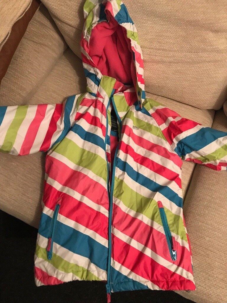 Girls Trespass winter jacket Age 9/10