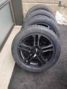 VOLKSWAGON TIGUAN   HIGH PERFORMANCE MICHELIN WINTER TIRES 235 / 50 / 18 ON  ALLOY WHEELS