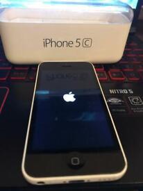 iPhone 5c 8gb Vodafone with box