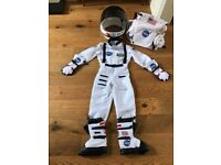 Kids Nasa flight suit and gear (age 4-6)