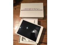 iPad Mini 2, 32GB. Used for two weeks only.