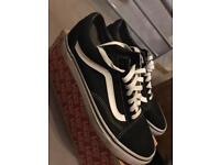 Old school Vans size 8