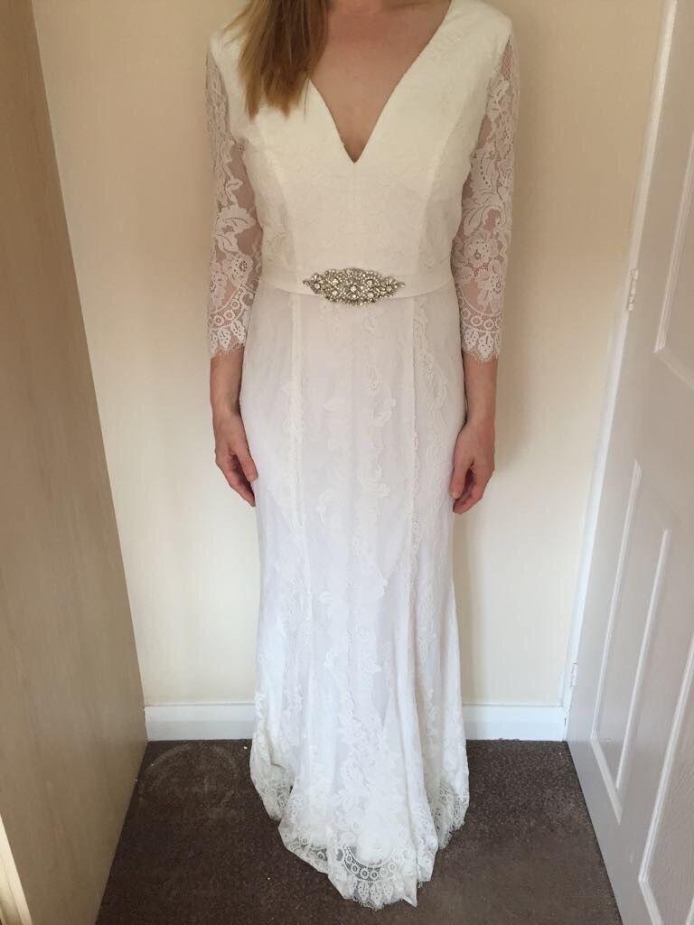 Plus size wedding dresses castleford - Size M Off White Evangeline Dorothy Perkins Wedding Dress
