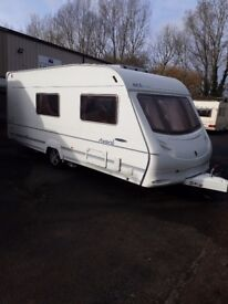 ACE AWARD MORNING STAR 4 BERTH CARAVAN WITH FITTED MOTORMOVER YEAR 2004/2005 SEPERATE SHOWER