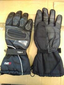 Motorcycle Gloves-Tuzo Black leather and Textile Winter Gloves
