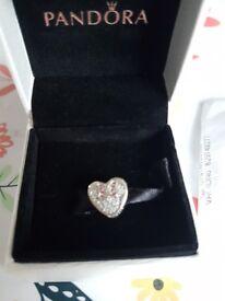 Pandora Disney, Mickey and minni true love charm