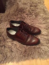 Brown Leather Start Rite shoes Size 5.5