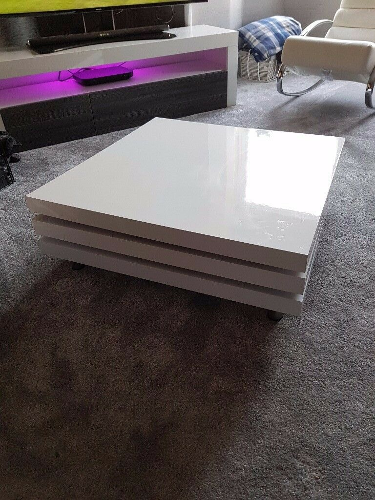 Coffee table white in aberdeen gumtree coffee table white geotapseo Images