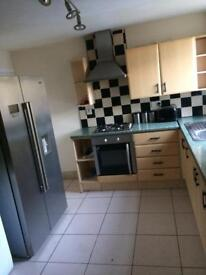 Rooms available to rent En-suite and doubles all bills included