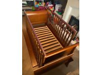 Mamas and Papas Mia Sleigh cot to toddler bed