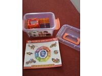 30 Piece magnetic construction set - new
