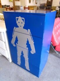 NEXT chest of drawers, Dr who