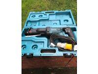 3 makita recip saws 1 no makita 9 inch grinder