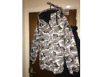Winter Look Camouflage Jacket with Hoodie