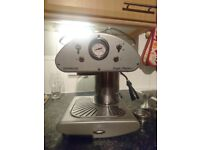 Retro coffee machine to make Barista style coffee (with steam wand)