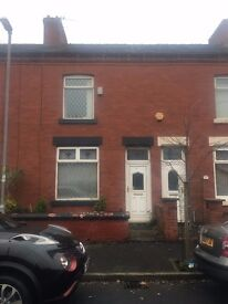 TWO BEDROOM HOUSE TO RENT FAILSWORTH M35 WORKING ONLY £520PER MONTH NO HOUSESHARES