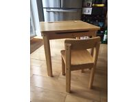 Rubberwood old-school style desk with lid & chair