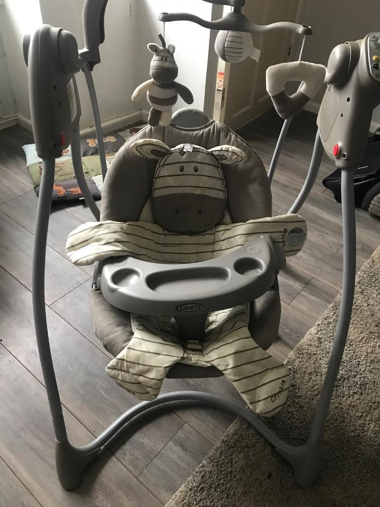 Graco swinging chair