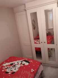 Furnished double room for femalle tennant
