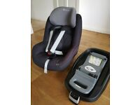 Maxi-Cosi Pearl toddler car seat with ISOFIX base Black