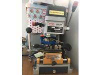 Laser/Dimple key cutter
