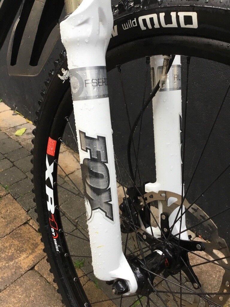 2529dc27250 ***PRICE DROP*** Carbon Fibre Scott Scale 20 Hardtail Mountain Bike