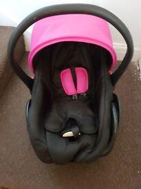 NEW BORN BABY CAR SEAT.