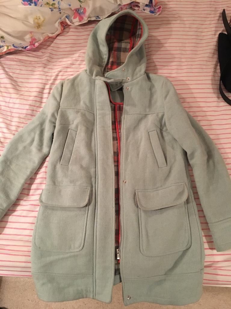 Coat size 6/8