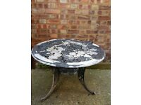 Lightweight metal garden table & 2 chairs perfect for a small garden or patio