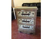 Chest of draws for sale (free delivery)