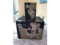 Tommee Tippee Closer to Nature Complete Feeding Set - White and Breast Pump