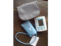 Blood pressure monitor, arm cuff styly