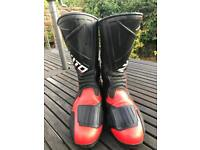Ladies motorcycle boots