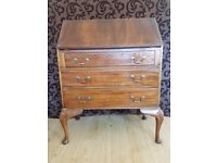 Queen Anne Style Mahogany Writing Bureau Desk Workstation