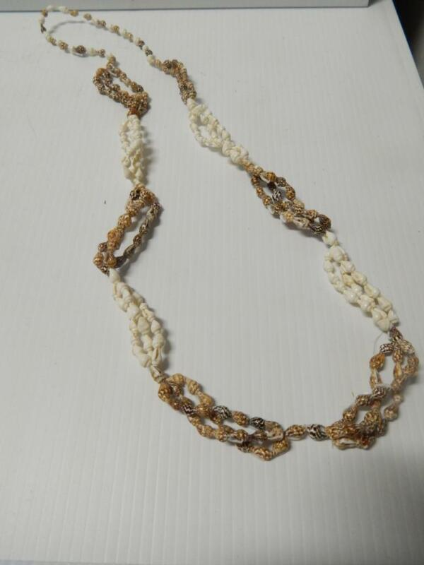 VINTAGE TRIBAL SHELL NECKLACE - MULTISTRAND - FIJI ISLANDS - OLD AND MINT !