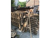 10 free wooden pallets