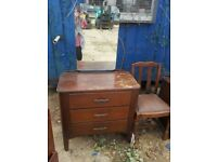 OAK DRESSING TABLE. 3 DRAWERS AND MIRROR.RESTORATION OR SHABBY CHIC