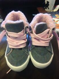 Size 3 little girls shoe bundle