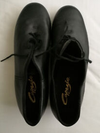 Capezio Ladies high quality leather Tap Shoes size 8 Hardly used and in excellent condition