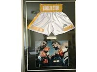 Roberto Duran signed boxing shorts in superb frame setting (with authentication photo/plaque etc