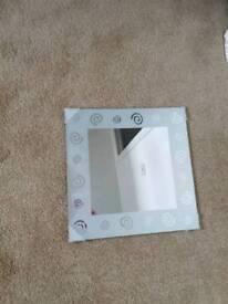 Square mirror 30 cm x 30 cm
