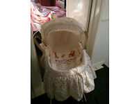 Mamas and Papas Moses Basket on Stand