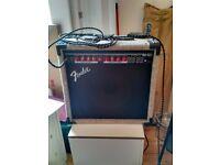 Fender M-80 Amp