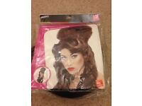 Fancy dress wig smiffys Rehab Amy whine Hose new