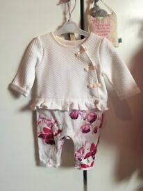 Beautiful baby gir outfits