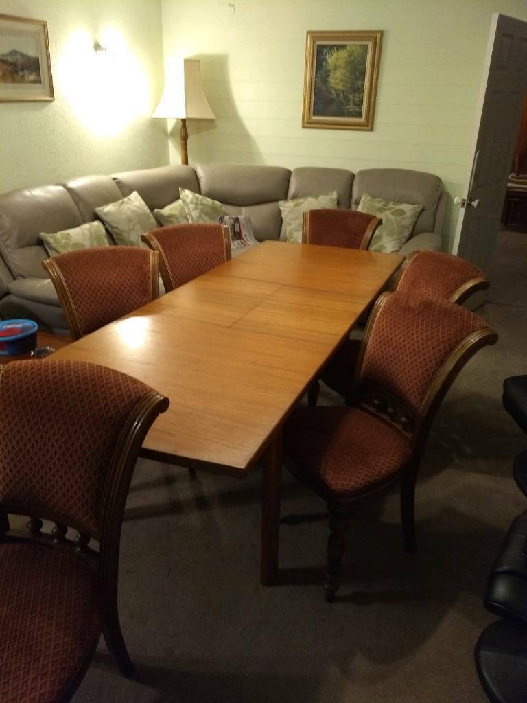 Extendable Teak Dining Table With Six