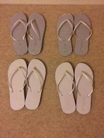 4x pairs of flip flops for sale - wedding party feet box, not used