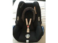 Maxi Cosi car seat and ISO fix base with pram adaptors