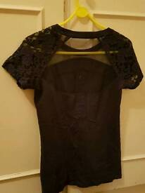 Size 10 Super dry womans navy tshirt