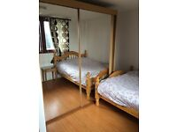 Flatshare close to Wolverhampton centre, DSS, near the Train Station, Large Double room